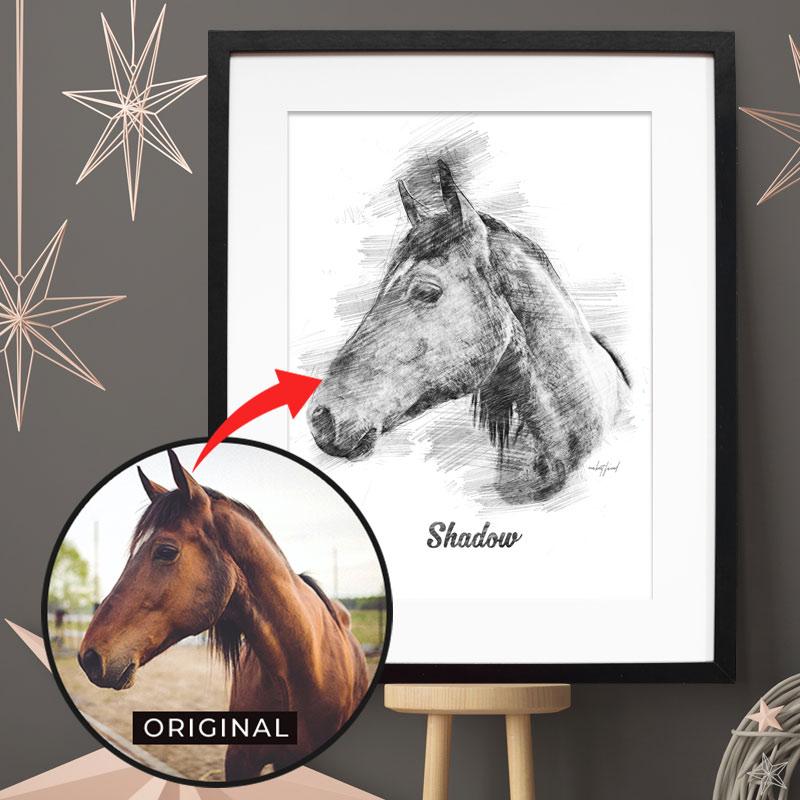 Dein personalisiertes Bleistift Poster mit Bild deines Pferdes. Das persönlichste Geschenk für Pferde Mamas & -Papas. Gratis Versand & Support.